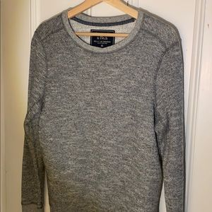 Men's Abercrombie and Fitch gray sweater
